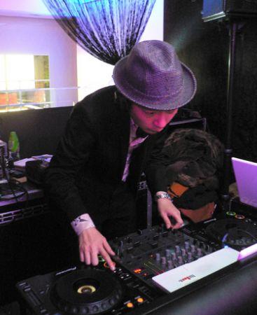 DJ Ivan Ultra Lounge Hong K