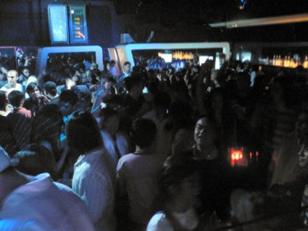 Happy Monday Manila packed