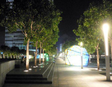 IFC mall roof garden long