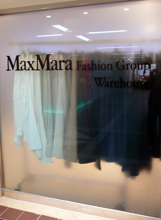 MaxMara warehouse outlet Ho