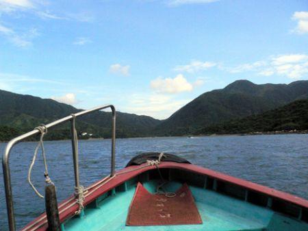 Speed boat Wong Shek pier