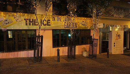 california bar restaurant lan kwai fong