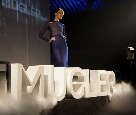 thierry mugler fashion show hong hk
