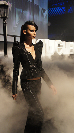 thierry mugler fashion show hong kong