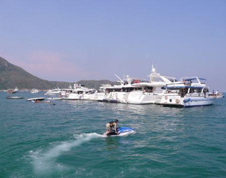 Big_wave_beach_party_HK