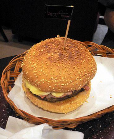 Burger_room_Hong_Kong