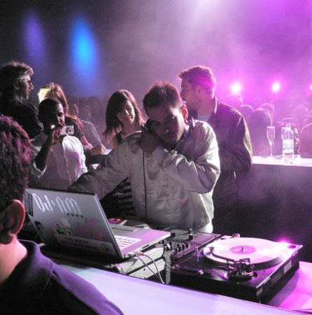 DJ_AM_party_photo