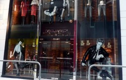 Dsquared_flagship_store_Hong
