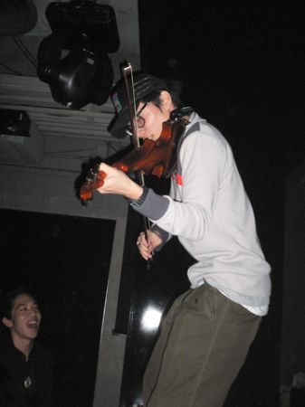 fiddler violin improvisation with dj volar hong kong hk