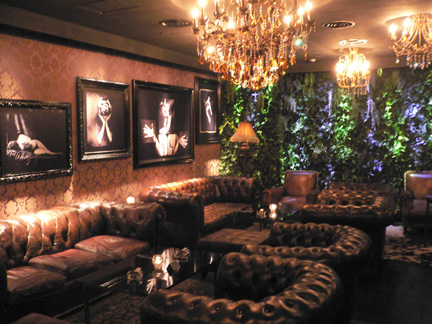 Sneak Inside Halo Hong Kong S Most Exclusive Lounge