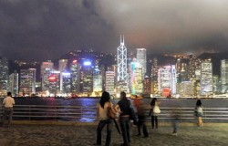 Hong_Kong_harbor_harbour_Ts