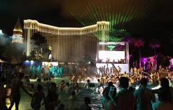 splash pool party macau hard rock hotel casino