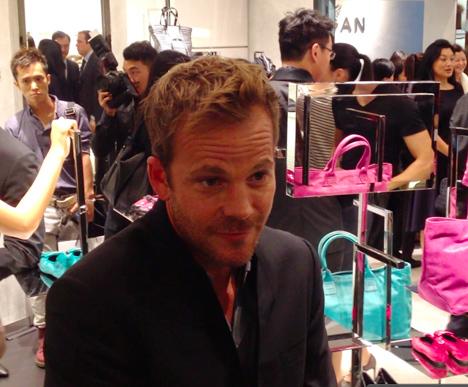 stephen_dorff_actor_hogan_brand_shoes_bags_china