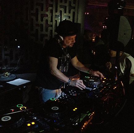 Louie Vega DJ dragon i 10th anniversary hk
