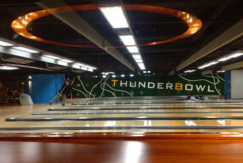 thunderbowl hong kong hk bowling alley hung hom
