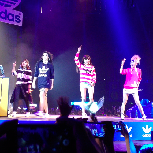 2ne1 k-pop blackjack hong kong hk
