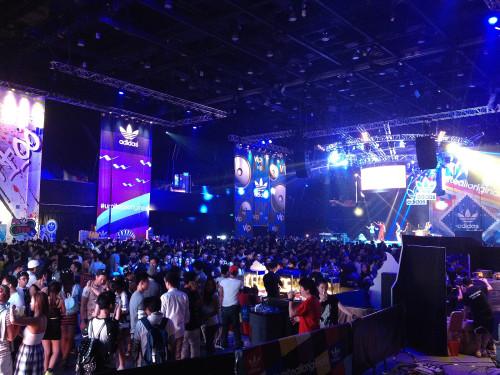 2ne1 concert hk hong kong adidas