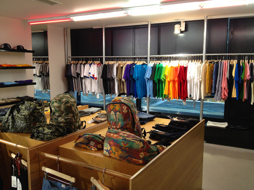 Sammy's fashion clothing store