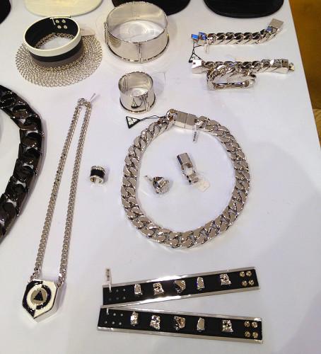 ambush-jewelry-japan-verbal-yoon-japanese-brand-clothing-accessory