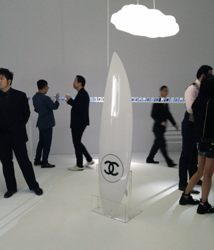 chanel surfboard white